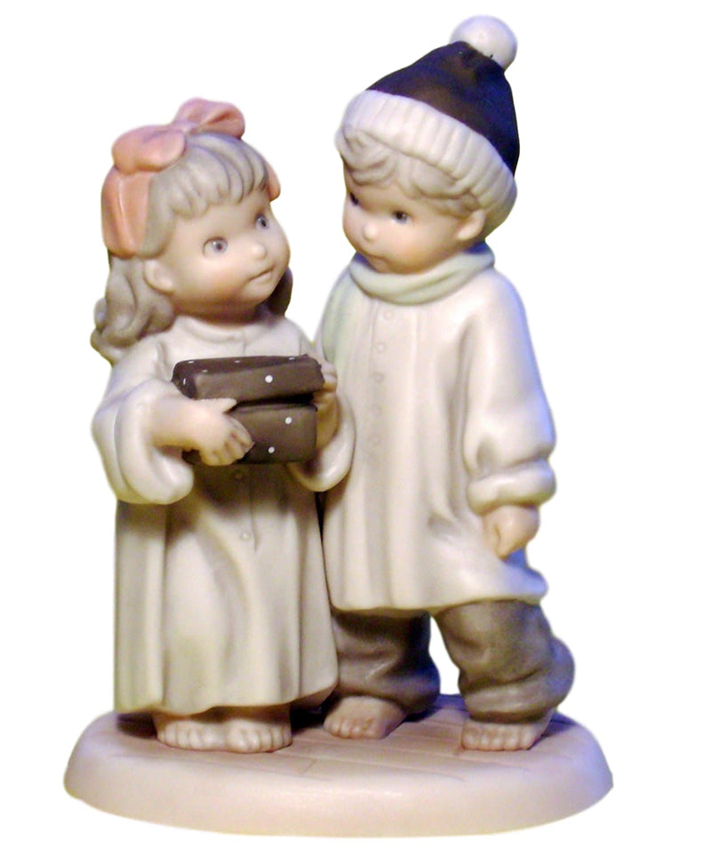 Pretty As A Picture Love Is The Greatest Gift Of All-Figurine-Oakview Collectibles