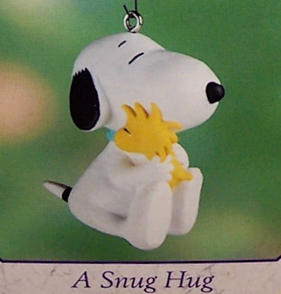 Hallmark 2000 A Snug Hug-Ornament-Oakview Collectibles