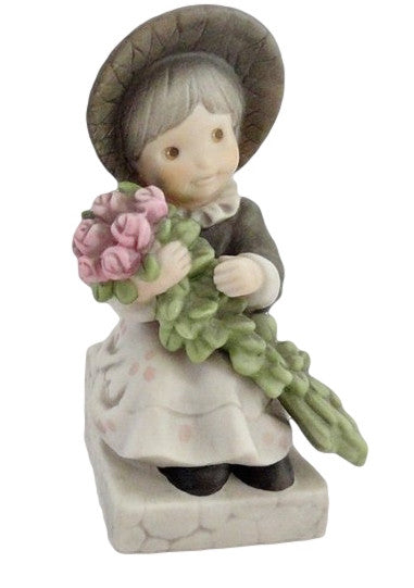 Pretty As A Picture One Of Lifes Sweetest Moments-Figurine-Oakview Collectibles