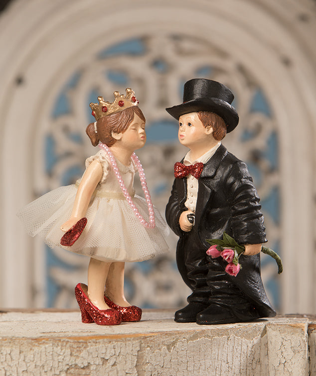 Bethany Lowe Valentine Kiss Figurine Set of 2-Figurine-Oakview Collectibles