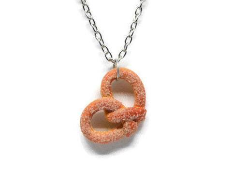 Cinnamon sugar pretzel necklace