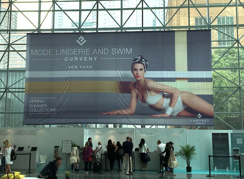 Curve Expo banner