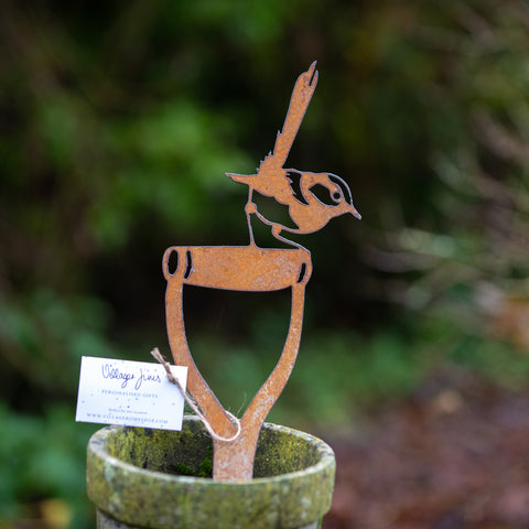 Jenny Wren on a Spade - Rustic Rusted Garden Wildlife Sculpture