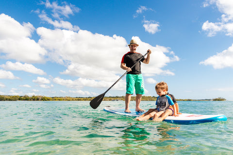noosa school holiday standup paddle