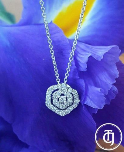 0.25tcw Diamond and 18ct White Gold Pendant Necklace on 18 inch Chain 18k by CTJ