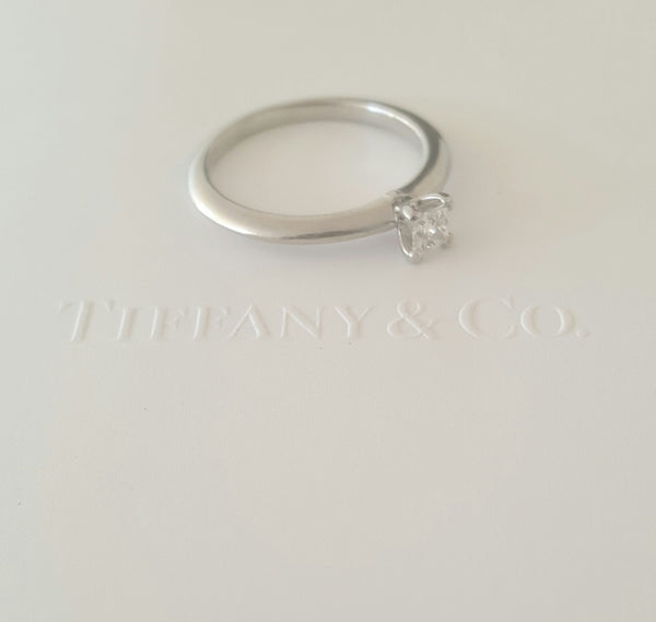 Tiffany & Co. 0.15ct Diamond Princess Cut Diamond Engagement Ring Platinum