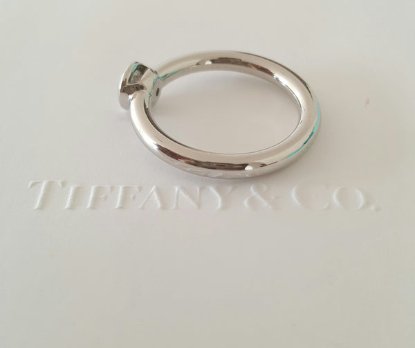 Tiffany & Co. 0.34ct G/VVS1 Bezel Set Diamond Bezet Engagement Ring Cert/Val/Pck