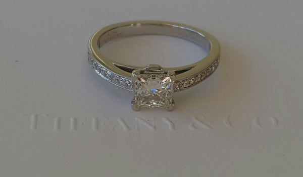 Pre Loved Tiffany & Co Diamond Engagement Ring.