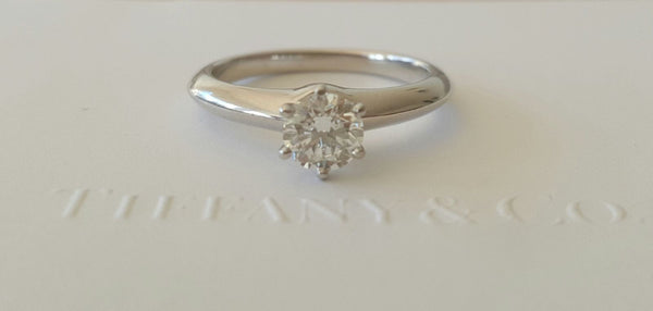 Pre Loved Tiffany & Co Classic Diamond Engagement Ring.