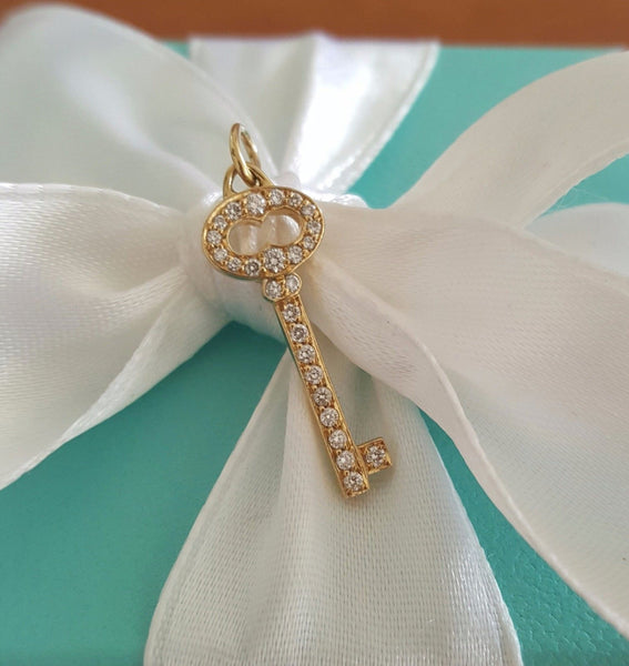 Vintage Tiffany and Co Diamond Necklace. Save off Retail as this item is Second hand or Pre-Loved.