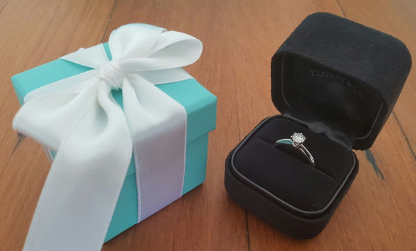 Vintage Tiffany & Co. Classic Diamond Engagement Ring. Save money on Luxury.