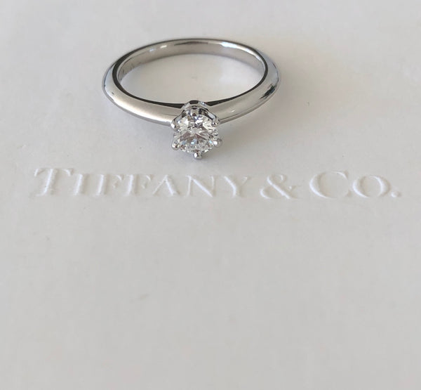 Tiffany & Co 0.33ct F/VVS1 Diamond Classic Solitaire 6 Prong Engagement Ring