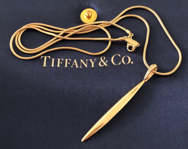 "Tiffany & Co. Vintage 22"" Feather Pendant in 18ct Yellow Gold Original Packaging"