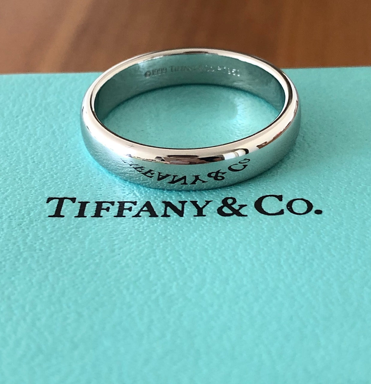 Tiffany & Co. 4.5mm Wedding Band Platinum Size 9.5