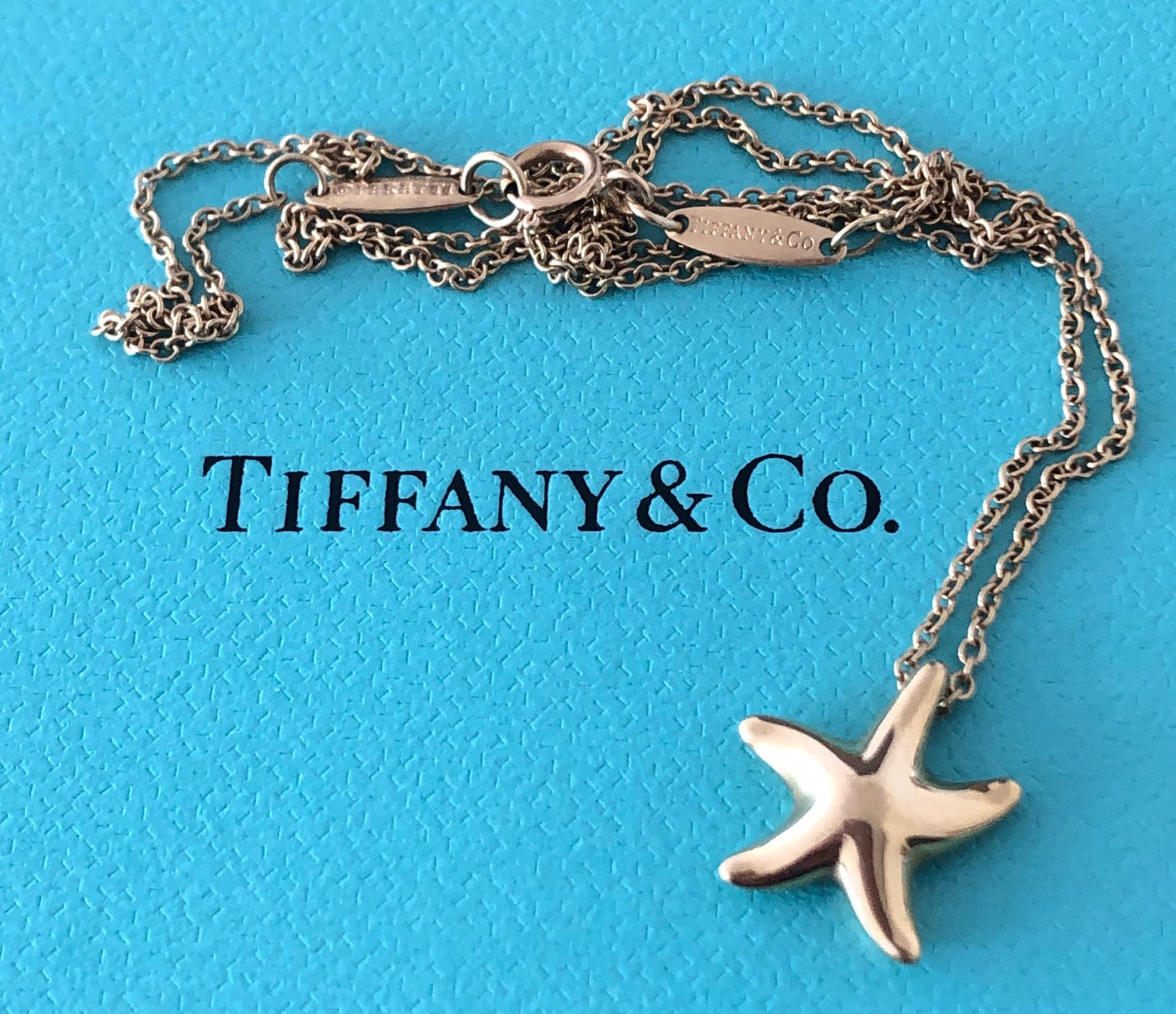 Tiffany & Co. 18ct Yellow Gold Starfish Pendant 16inch Chain