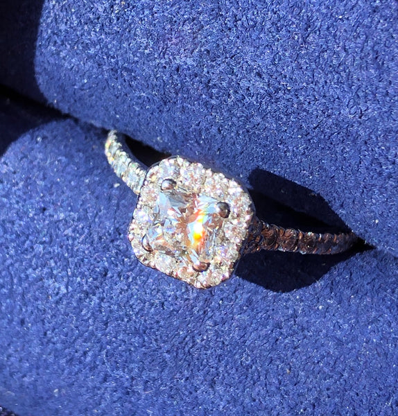Hearts on Fire 0.91tcw Diamond Halo Dream Cut Engagement Ring $10255 Cert/Rcpt/Boxes