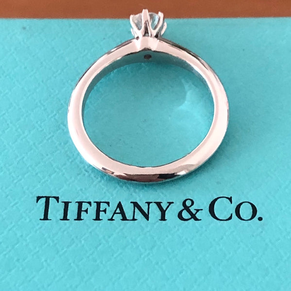 Tiffany & Co. 0.26ct F/VS1 Diamond Solitaire Engagement Ring Cert/Val/Rcpt/Boxes