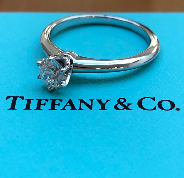 Tiffany & Co. 0.46ct H/VVS2 Diamond Classic Solitaire Engagement Ring Cert/Val