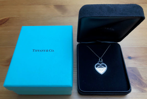 Tiffany & Co. Return to Tiffany Diamond and 18ct White Gold Size Medium