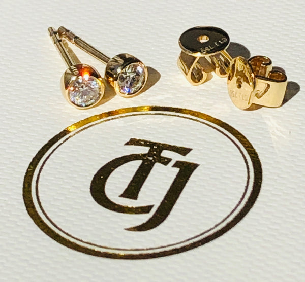 0.20tcw G/SI1 Genuine Diamond Stud Bezel Set Earrings 18ct 18k Solid Yellow Gold