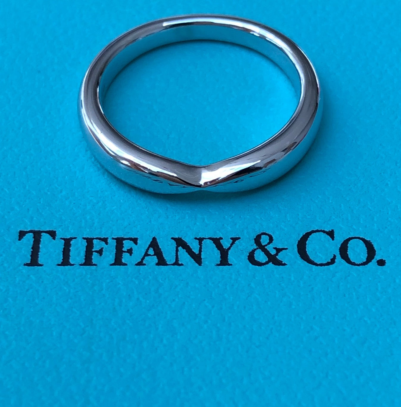 Tiffany & Co. 3mm Platinum Harmony Wedding Band Ring RRP $2000