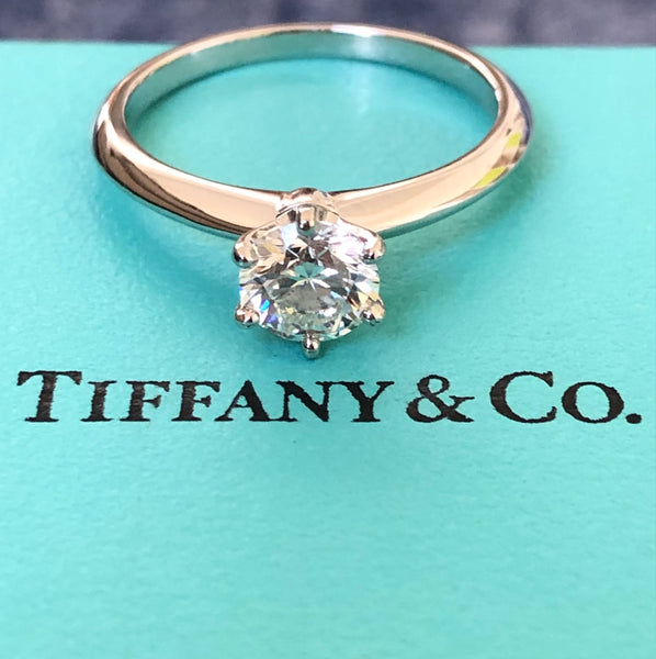 Tiffany & Co. 0.82ct G/VS1 Diamond Classic 6 Prong Solitaire Engagement Ring