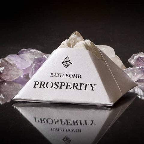 Prosperity Bath -bomb with Charged Crystal
