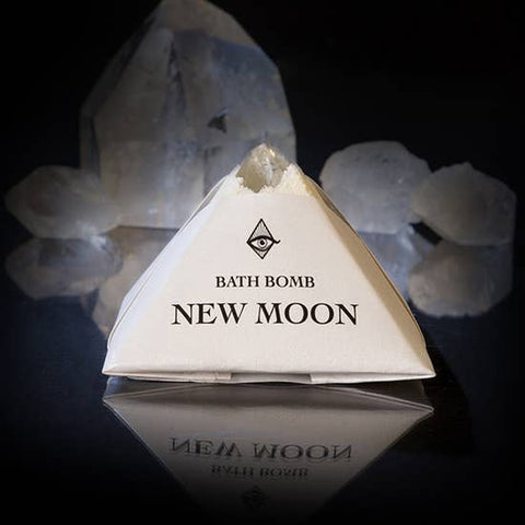 New Moon Bath-bomb with Charged Crystal