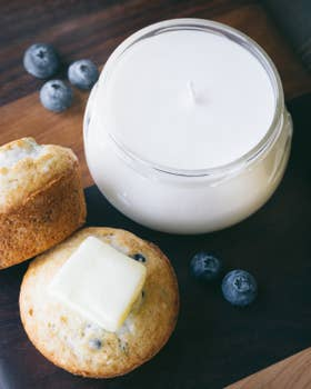 Blueberry Vanilla Soy Candle 10 oz