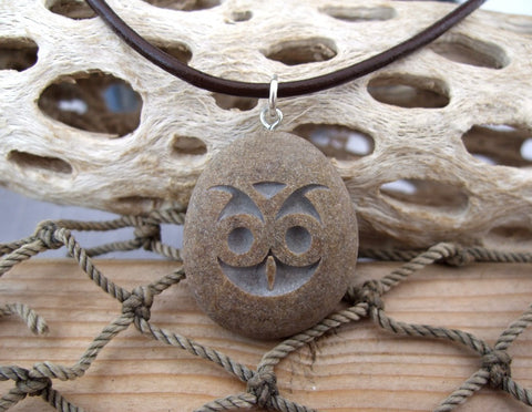 Hooty lil Owl Face Necklace - Engraved Beach Stone Pendant - Cast a Stone