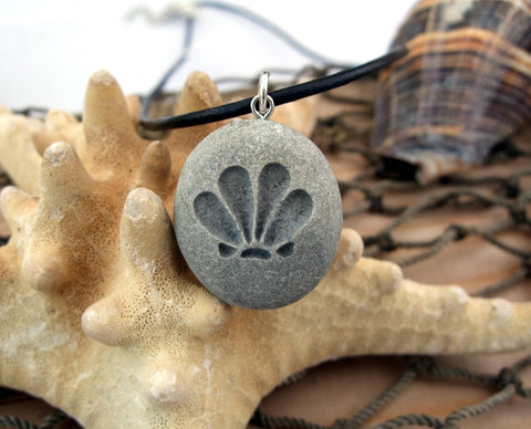 Scallop shell - the angry clam - engraved Beach Stone Pendant - Worship sunny days necklace - Cast a Stone