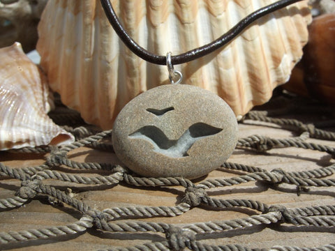 Seagulls in Flight - engraved Beach Stone Pendant - Lovers of the beach and open Sea necklace - Cast a Stone