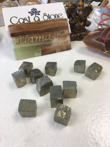 Pyrite cubes tumbled single gemstone - Cast a Stone