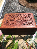 Goddess wooden box lined - Cast a Stone