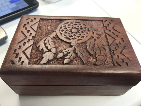 Dreamcatcher wooden box lined