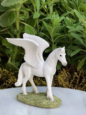 Mini Pegasus Garden Miniature