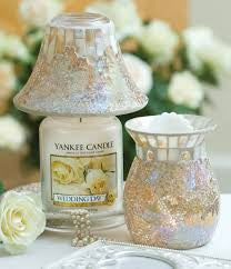 Gold & Pearl Large Shade & Tray Yankee Candle