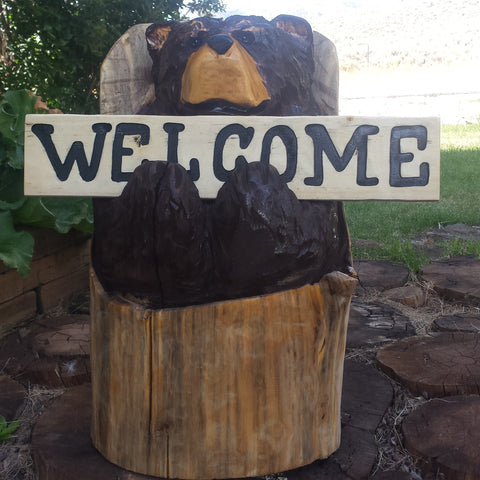 Chainsaw Carved Welcome Bear - Colorado chainsaw carved bears