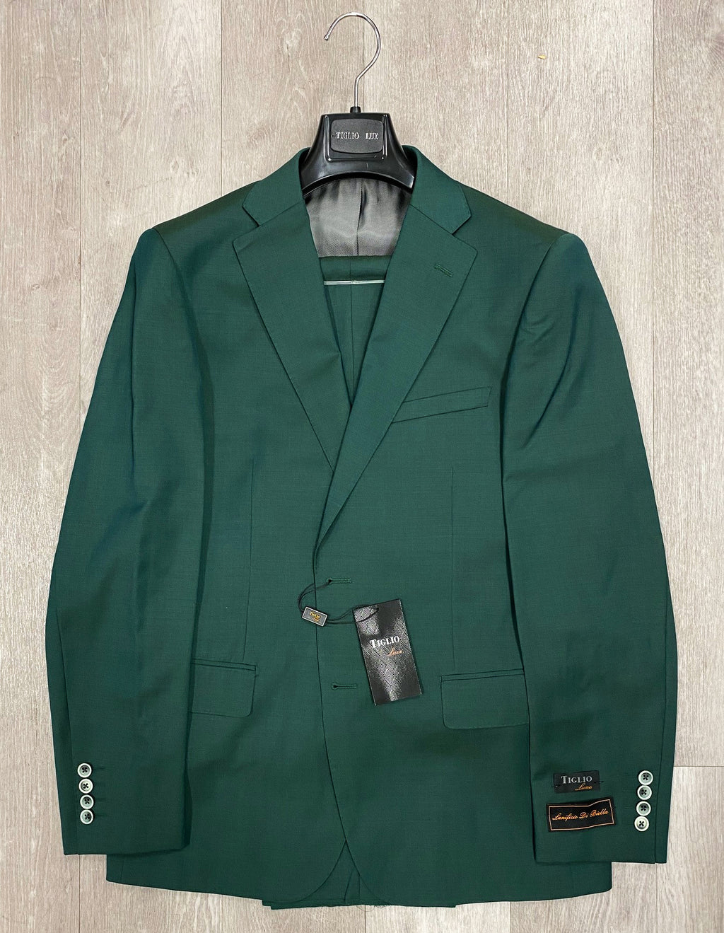 DOLCETTO Hunter Green Solid Modern Fit, Pure Wool Suit by TIGLIO LUXE Menswear TLS20007/1