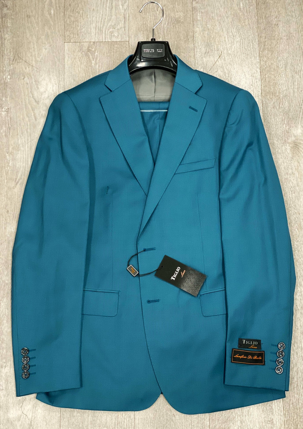 DOLCETTO Teal Blue Solid Modern Fit, Pure Wool Suit by TIGLIO LUXE Menswear TLS20009/1