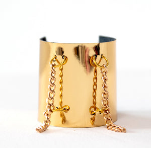 Faux Leather Bolted Chain Bracelet