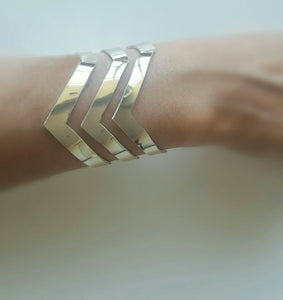 Faux Leather Silver Gold Wave Bracelet
