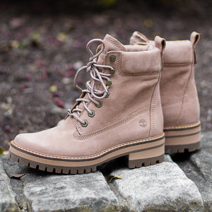 "Timberland Women's 6"" Courmayeur Valley Boot"