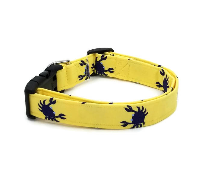 Don't Be A Crabby Beach Dark Navy Blue Crabs on Light Yellow Nautical Dog Collar