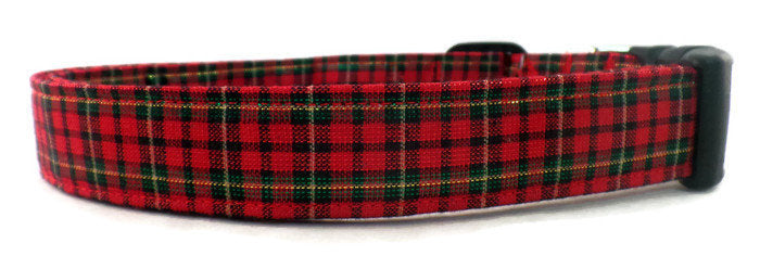 Merry Christmas Metallic Gold Green and Red Christmas Winter Plaid Dog Collar