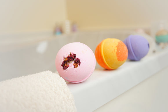Lot of 25 (3 oz.) Assorted Pack of Lush and Luxurious Bath Bomb - Moisturizing Bath Fizzy