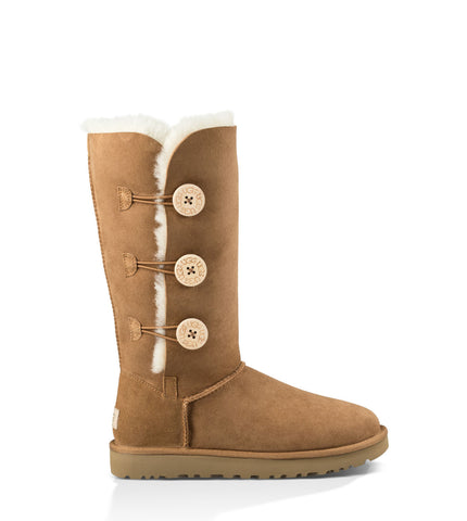 UGG Australia Women's Bailey Button Triplet II in Chestnut