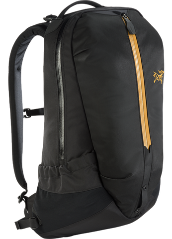 Arc'teryx Arro 22 Backpack in 24K Black