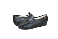 SAS Women's Classic in Black Wide