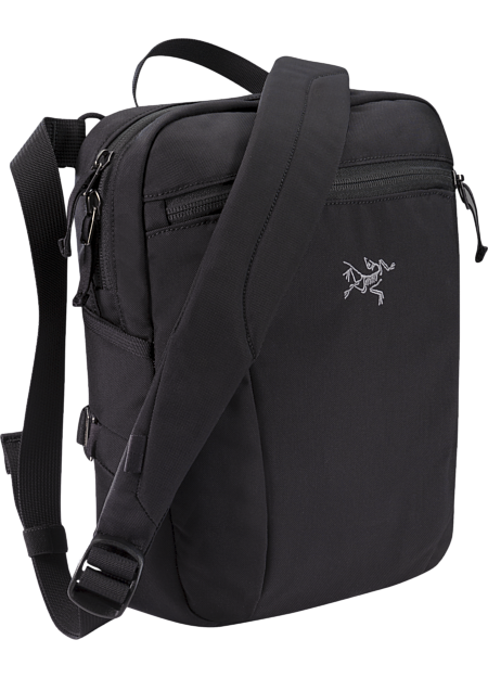 Arc'teryx Slingblade 4 Shoulder Bag in Black